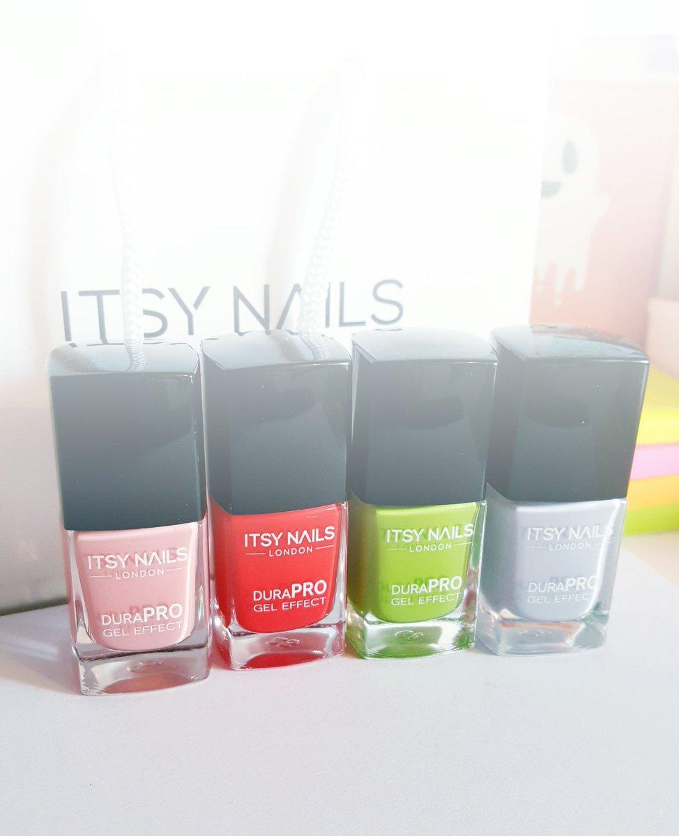 itsy nails
