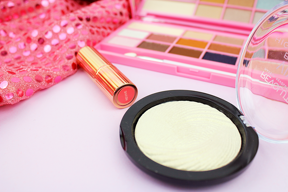 Makeup Revolution Beauty Highlighter