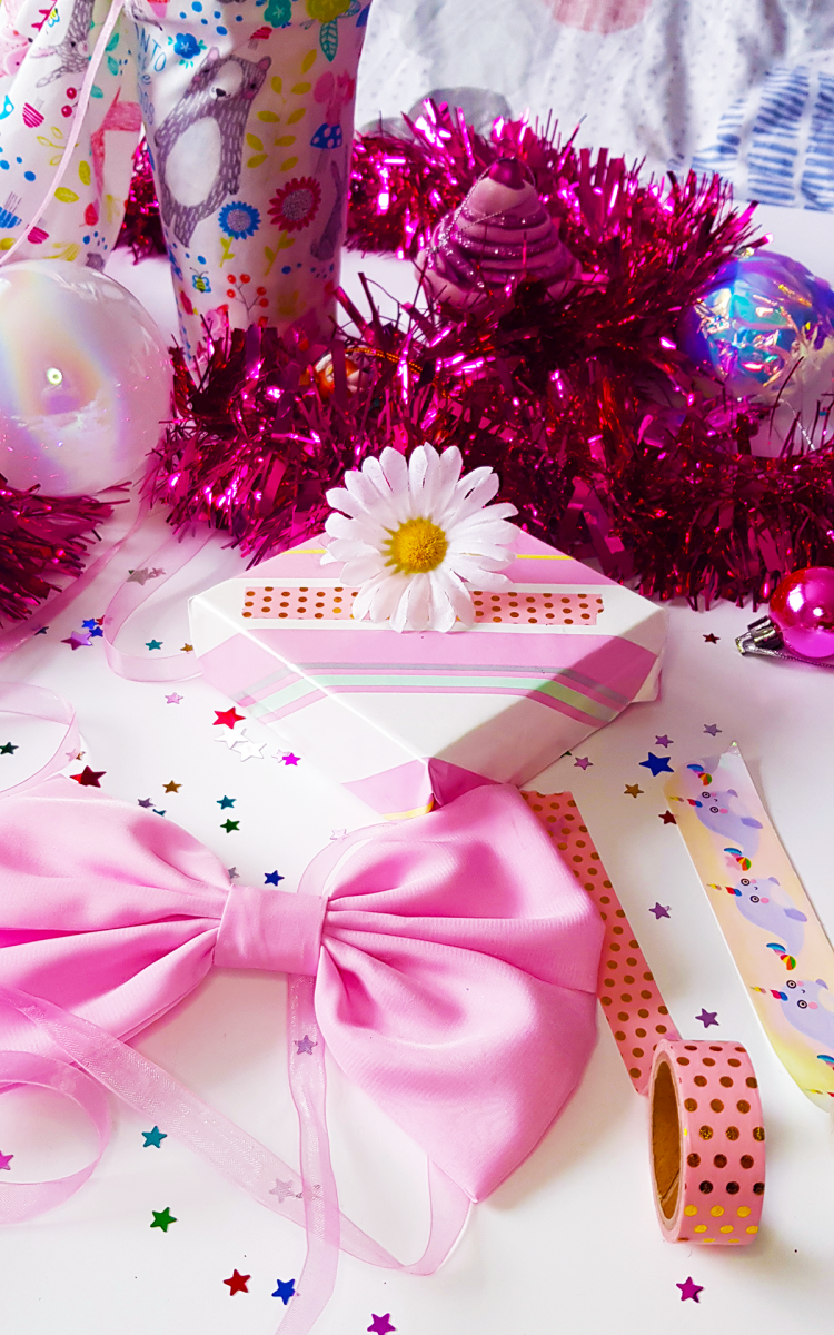 Fun Gift Wrapping Tips With The Body Shop*
